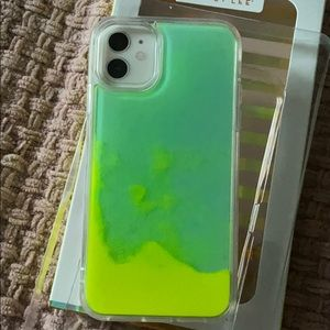 Dabney Lee- case iPhone 11, glow in the dark